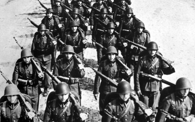 Polish infantry marching in 1939