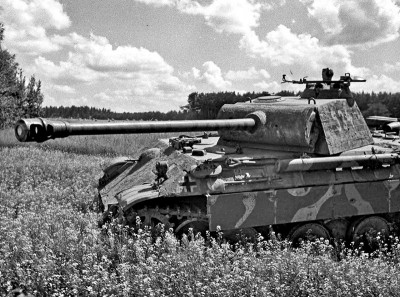 German Panther Tank 1944