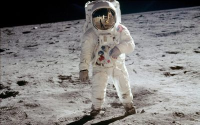 Luar Angkasa Bulan
